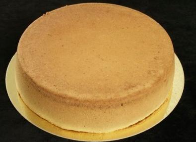 Come preparare il Pan di spagna, base per le torte farcite thumbnail