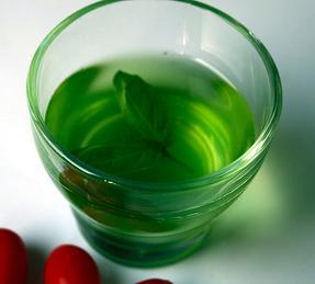 Liquore al basilico thumbnail