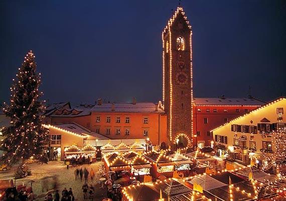 Mercatini di Natale a Vipiteno, dal 29 novembre 2013 al 6 gennaio 2014 thumbnail