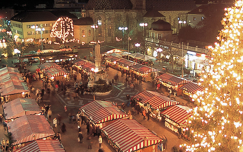 Mercatini di Natale Bolzano, dal 29 novembre 2013 al 6 gennaio 2014 thumbnail