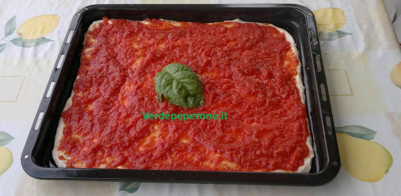Pizza senza lievito thumbnail